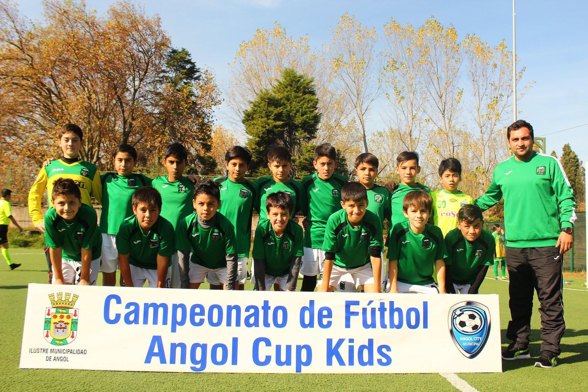 ESCUELA FORMATIVA ALBIVERDE PARTICIPO ANGOL CUP 2018